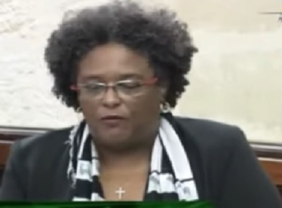 Barbados PM announces sale of LIAT shares